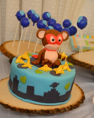 Monkey Cake by Tina